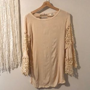Umgee crochet lace bell sleeve top